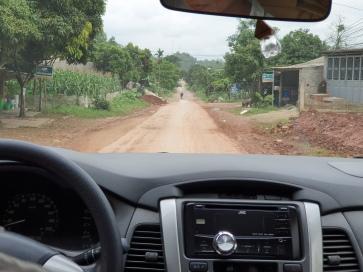 Route en terre battue