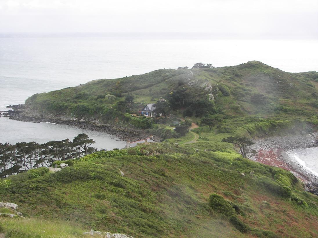 Maison perdue sur la Côte