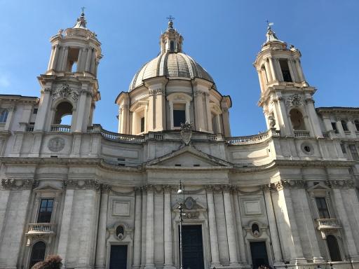 Eglise St Agnès sur la Place Navona
